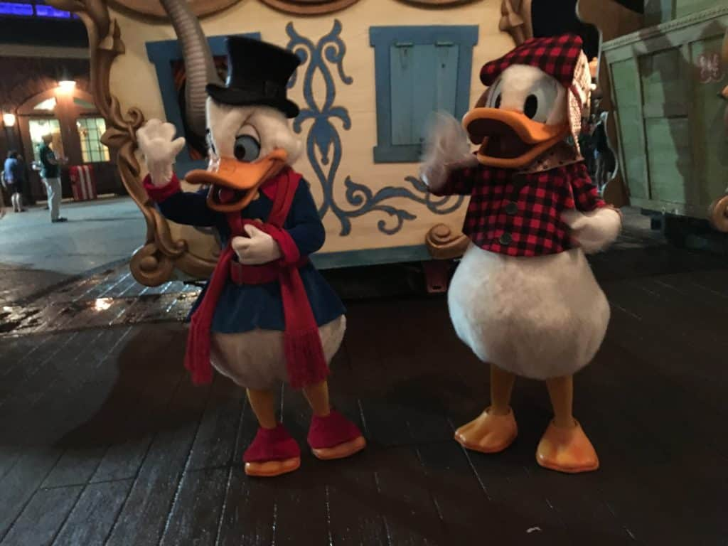 Scrooge McDuck and Donald entertaining the Guests ~ photo taken by T.M. Brown