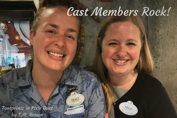 Kim and Tracy at Windtraders in Pandora: The World of Avatar in Disney's Animal Kingdom
