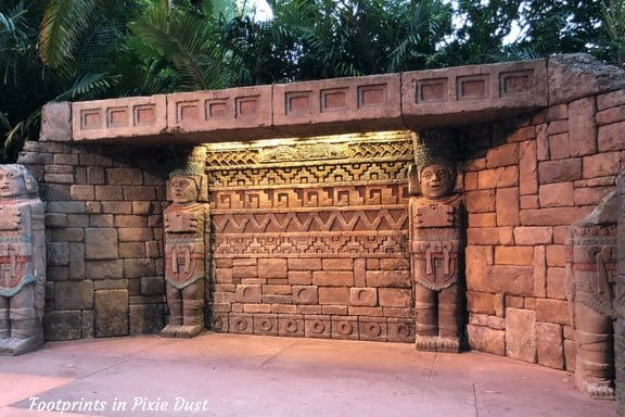 Area in Mexico Pavilion at Epcot designated for Donald Duck's autograph signing.
