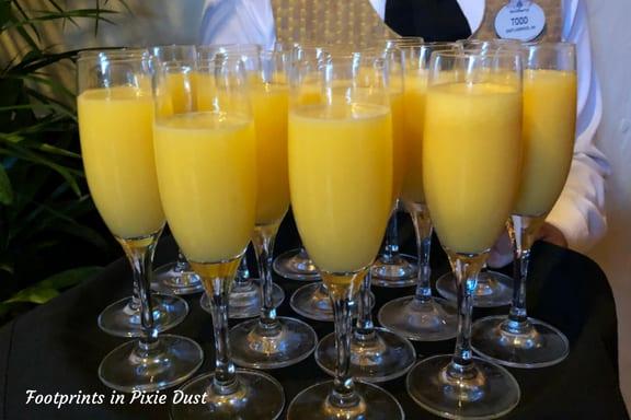 Mimosas at Hollywood Brown Derby ~ Photo credit: Tina M. Brown