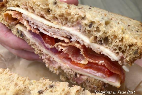 Norwegian club sandwich
