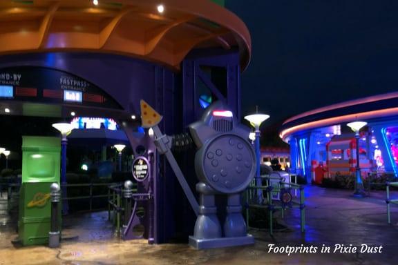 Robot guard at Alien Swirling Saucers ~ Photo credit: Tina M. Brown