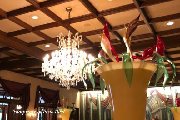 Tutto Italia Ristorante Main Dining Room ~ Photo credit: Tina M. Brown