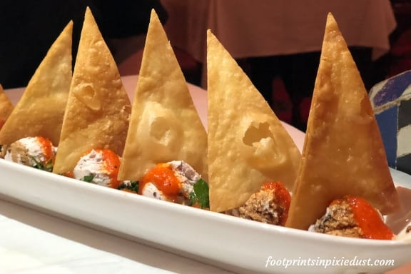 Goat Cheese with Crispy Bread appetizer at Restaurant Marrakesh