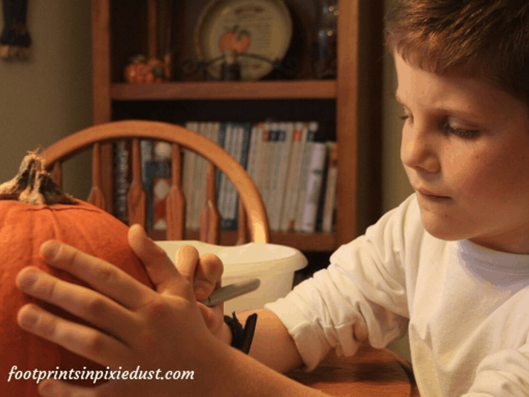 How We Manage Food Allergies on Halloween - pumpkin carving