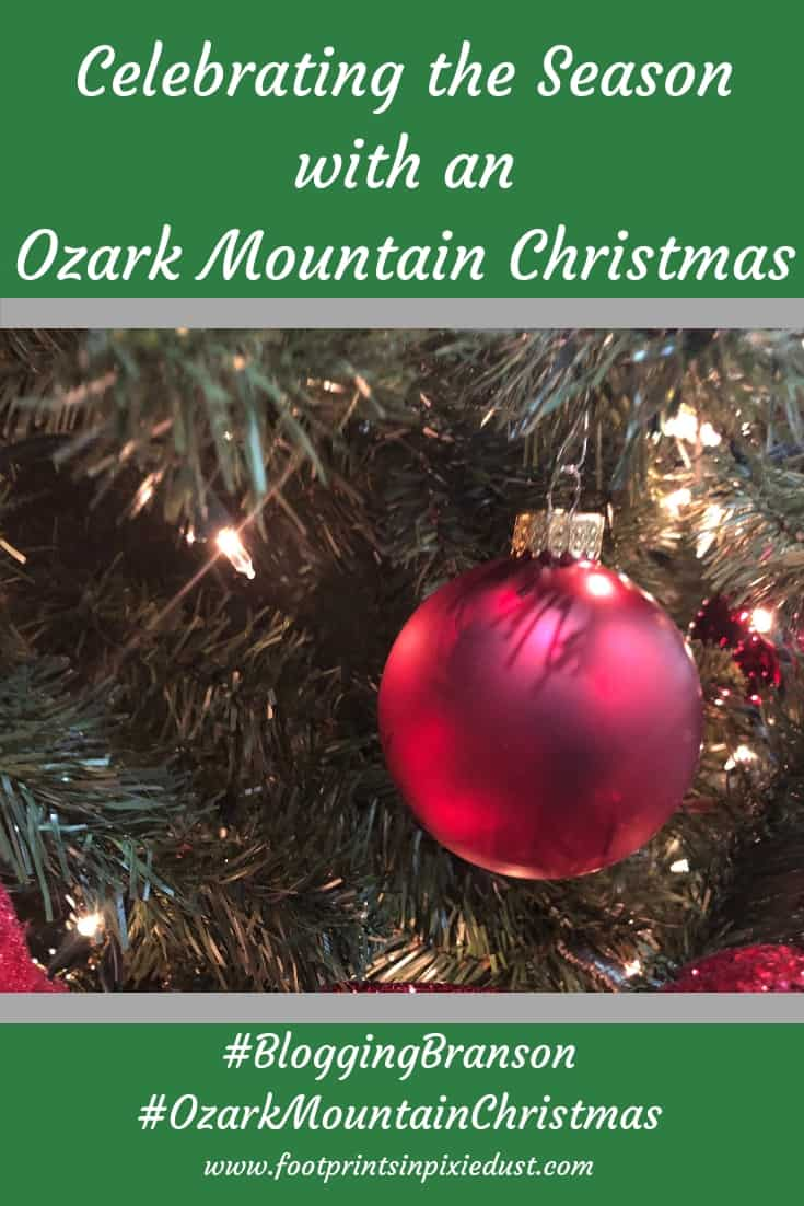 #BloggingBranson #OzarkMountainChristmas #Branson #footprintsinBranson #stonecastlepartner #bransonambassador #christmas #travel #family #holidays