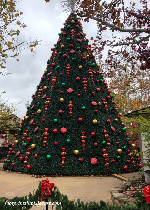 Christmas tree at Silver Dollar City