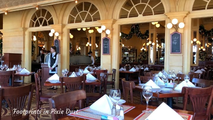 Dating Around World Showcase - Chefs de France dining room