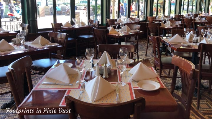 Dating Around World Showcase - Dining room at Chefs de France