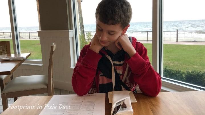 ECHO St. Simons - Studying the menu