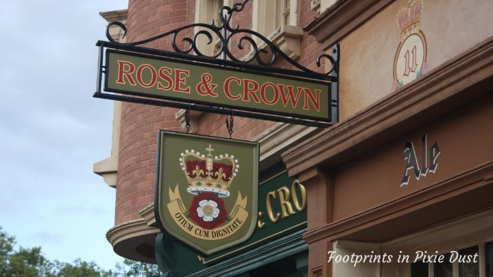UK Pavilion - Rose and Crown Dining Room