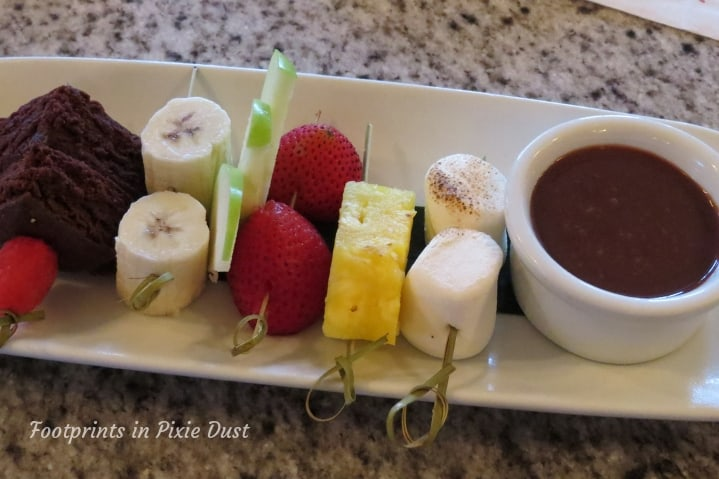 Grand Floridian Cafe food allergy friendly dessert