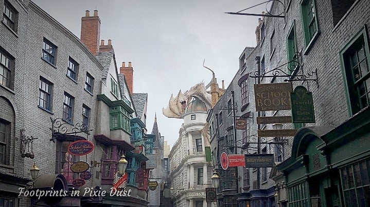 The Wizarding World of Harry Potter - Diagon Alley II