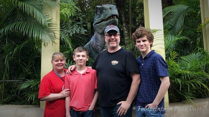 Universal's Islands of Adventure - Jurassic Park, Meeting Blue