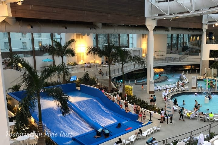 Gaylord Opryland Resort and Convention Center - Soundwaves water attraction