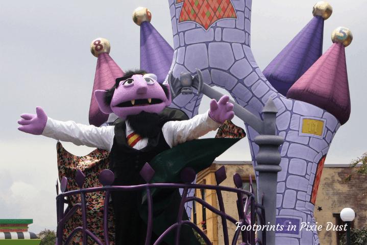 SeaWorld Orlando ~ Sesame Street Party Parade