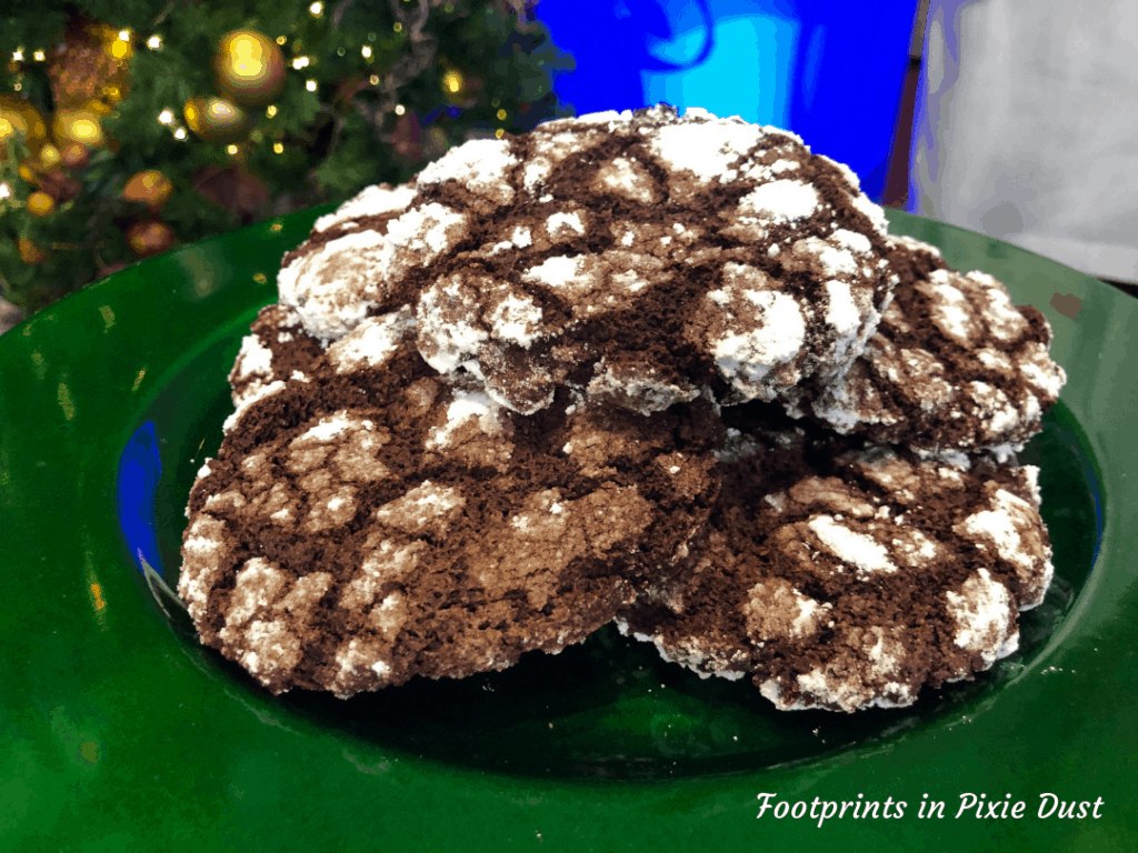 Disney Holidays - Christmas in July - Chocolate Kringle Cookie for Epcot Holiday Cookie Stroll 2019