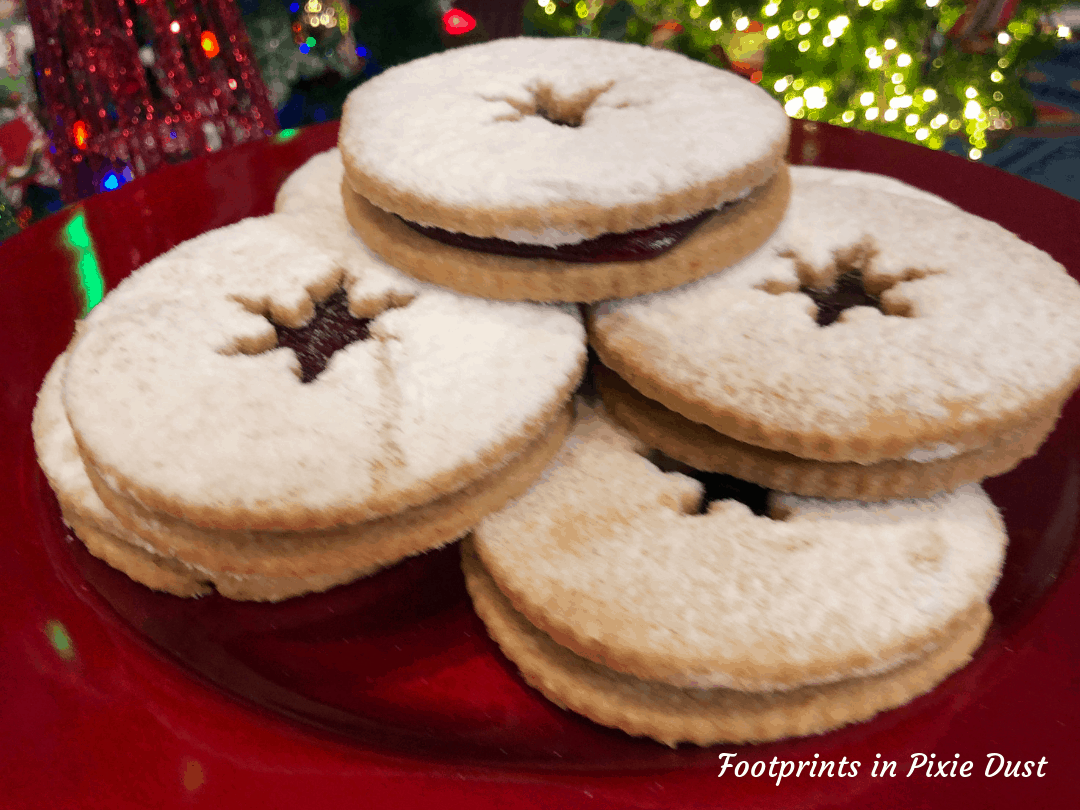 Disney Holidays - Christmas in July - Linzer Cookie (contains nuts) for Epcot Holiday Cookie Stroll 2019