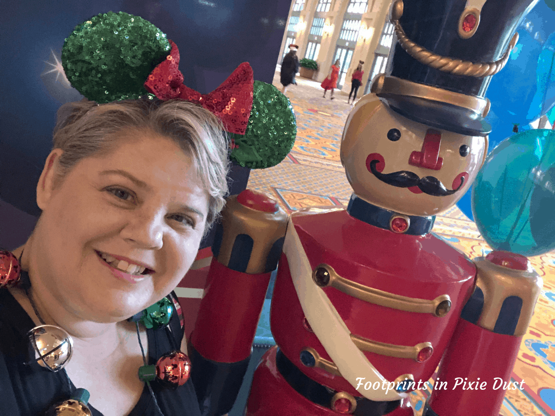 Disney Holidays - Christmas in July - Photo Opp Pre-Event