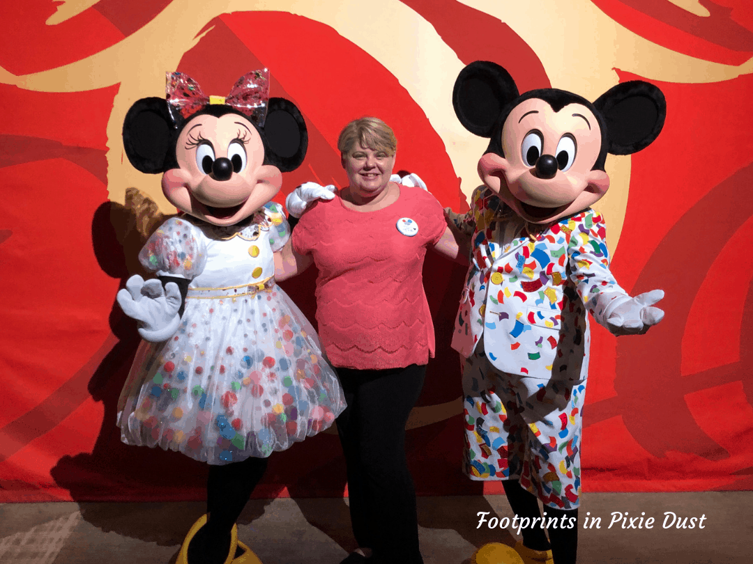 Disney Social Media Celebration ~ Posing with Mickey and Minnie