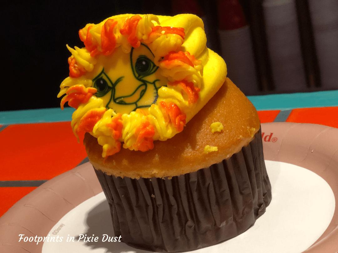 Protect the Pride ~ Simba Cupcake at Pizzafari