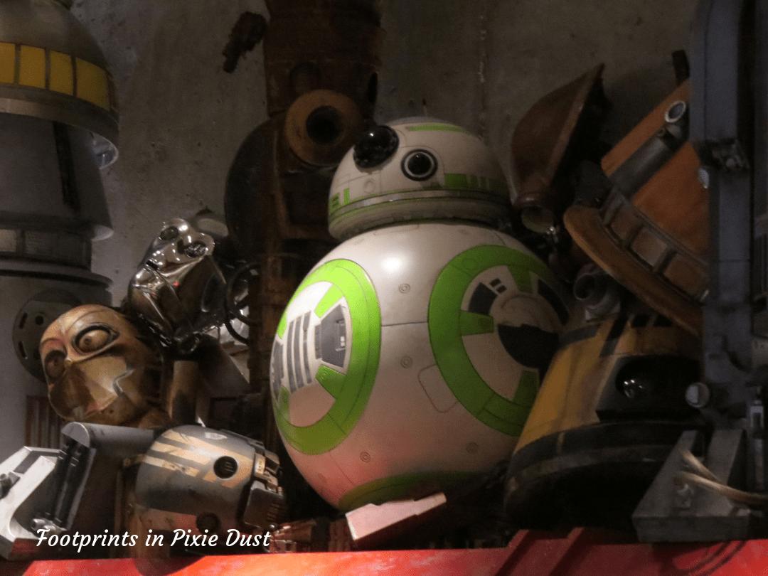 Star Wars Galaxy's Edge ~ Inside Droid Depot