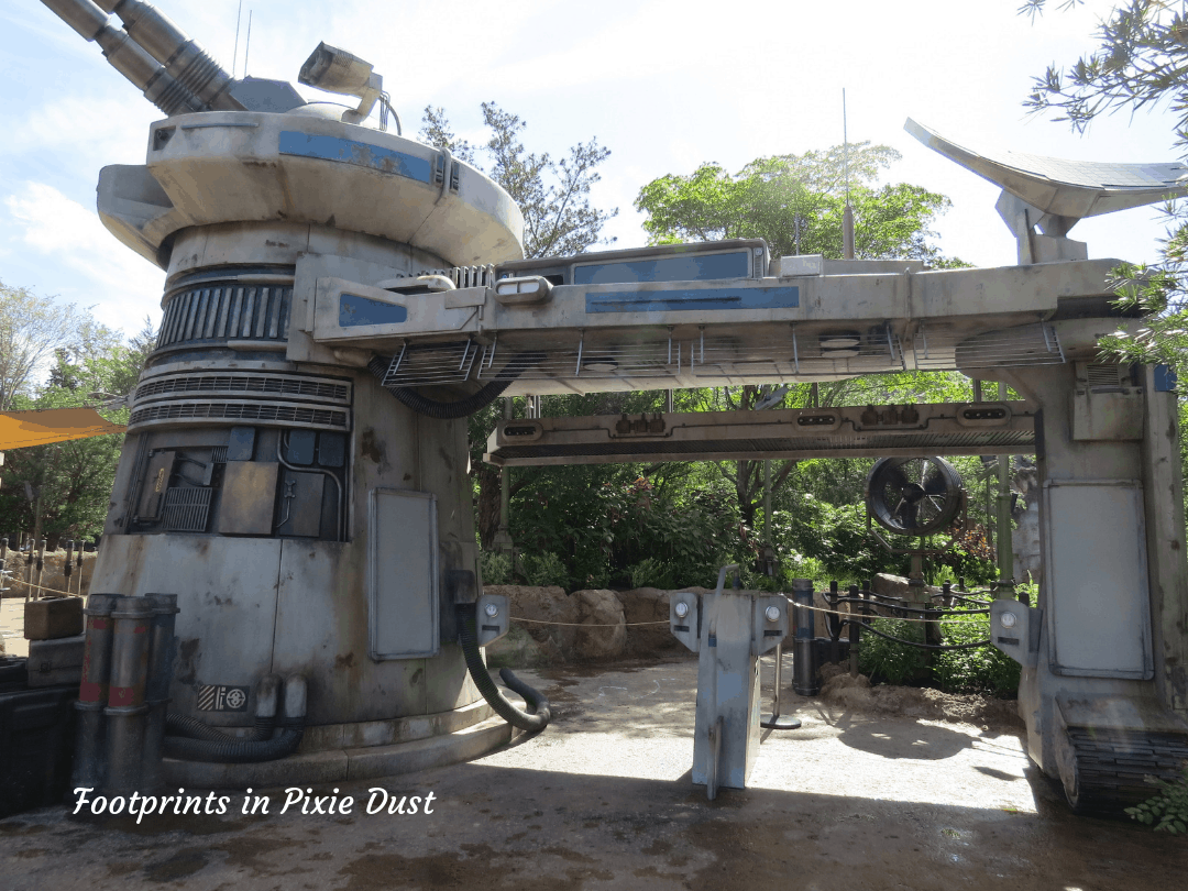 Star Wars Galaxy's Edge ~ Rise of the Resistance