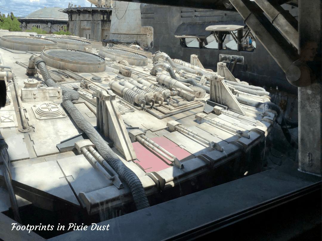 Star Wars Galaxy's Edge ~ The Detail on the Millennium Falcon