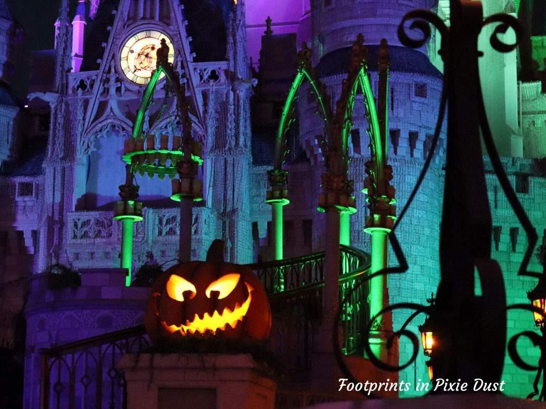 Enjoy LIfe, Disney and Halloween - Cinderella Castle