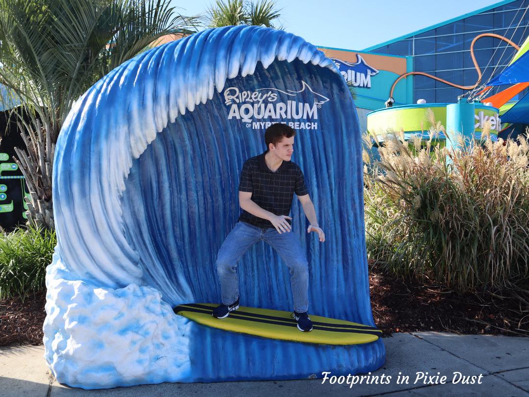 Myrtle Beach Trip - Ripley's Aquarium - Outside Photo Opp