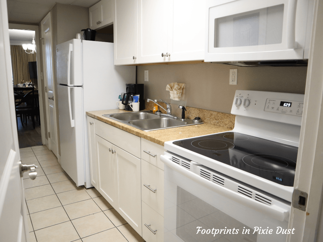 Myrtle Beach Trip - The Caravelle Resort - Full kitchen