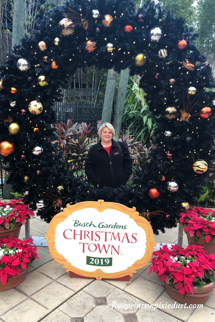 Busch Gardens Christmas Town Village - More Photo Opp Fun