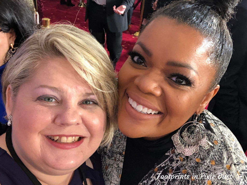 Frozen 2 Red Carpet - With Yvette Nicole Brown