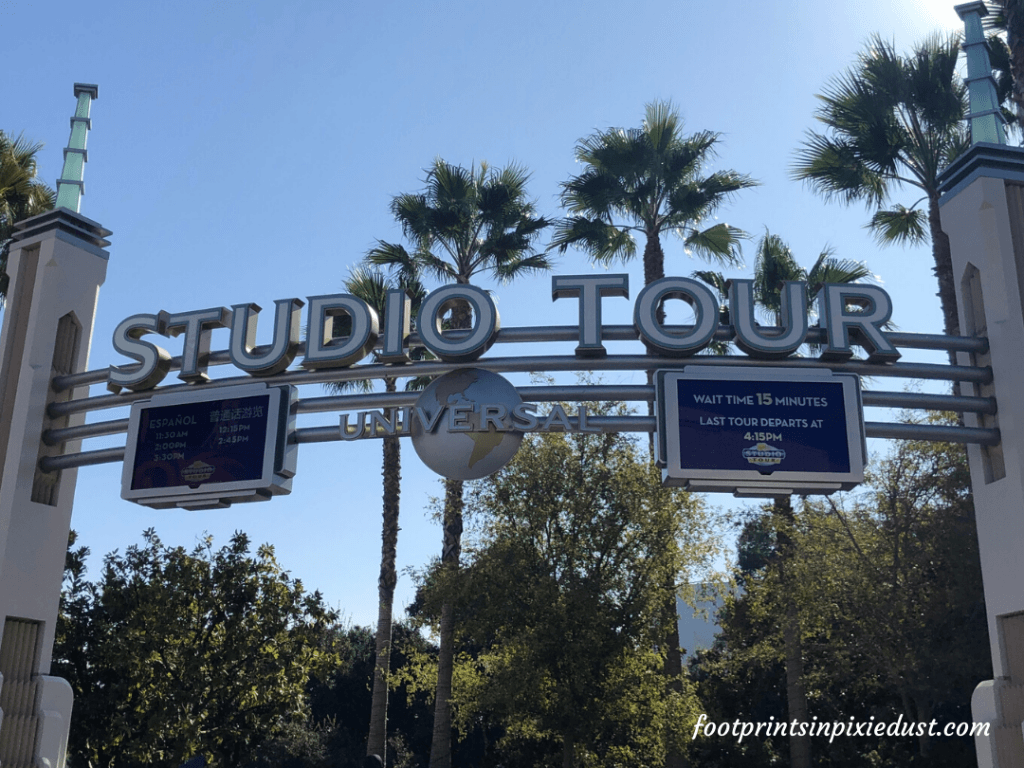 Universal Studios Hollywood - World Famous Studio tour entrance