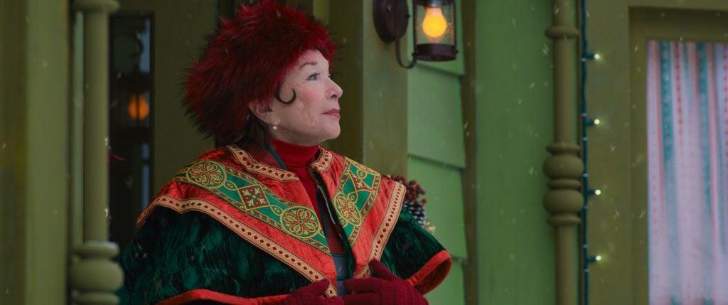 Disney+ NOELLE - Shirley McClaine as Polly. Photo: Film Frame @Disney 2019